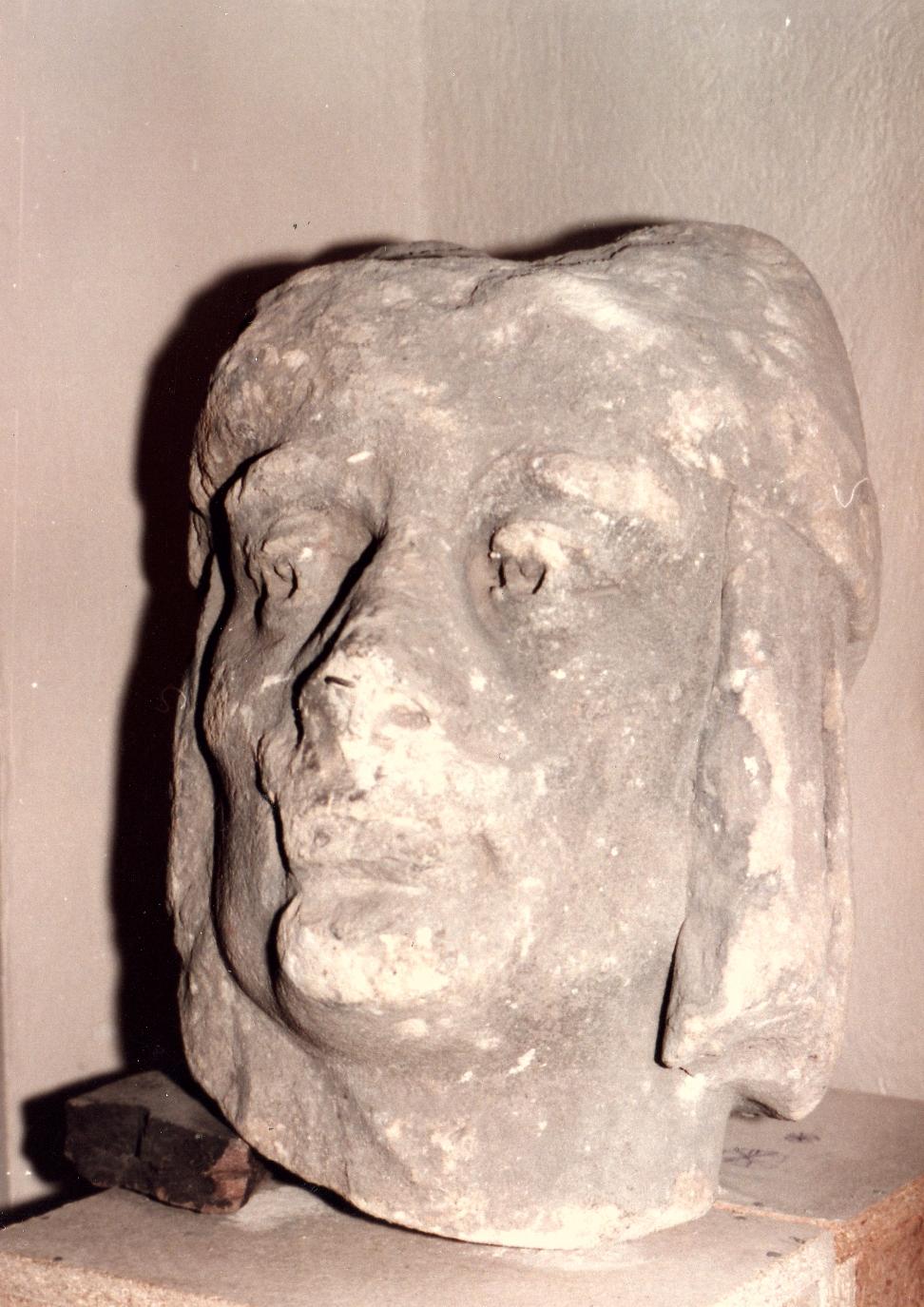 szobor1